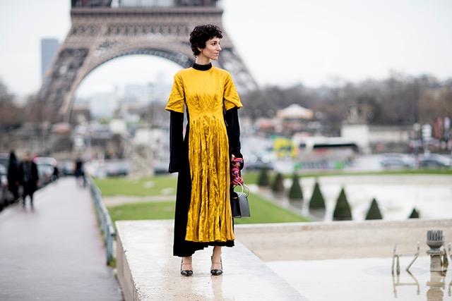 """Paris: <a href=""""http://www.buro247.com.au/"""">Buro 24:7</a>"""
