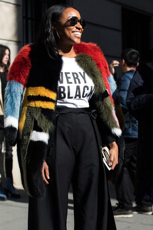 "New York: <a href=""http://vogue.com/"" target=""_blank"">Vogue</a>"