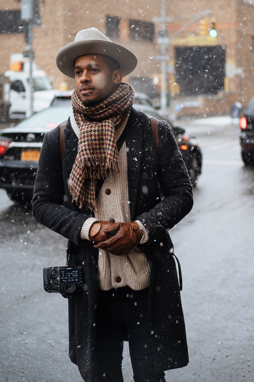 "New York: <a href=""https://www.meninthistown.com/blog/""target=""_blank"">Men In This Town</a>"