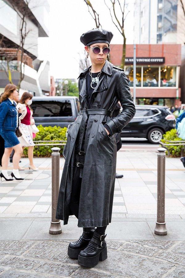 """Tokyo: <a href=""""http://vogue.com/""""target=""""_blank"""">Vogue</a>"""