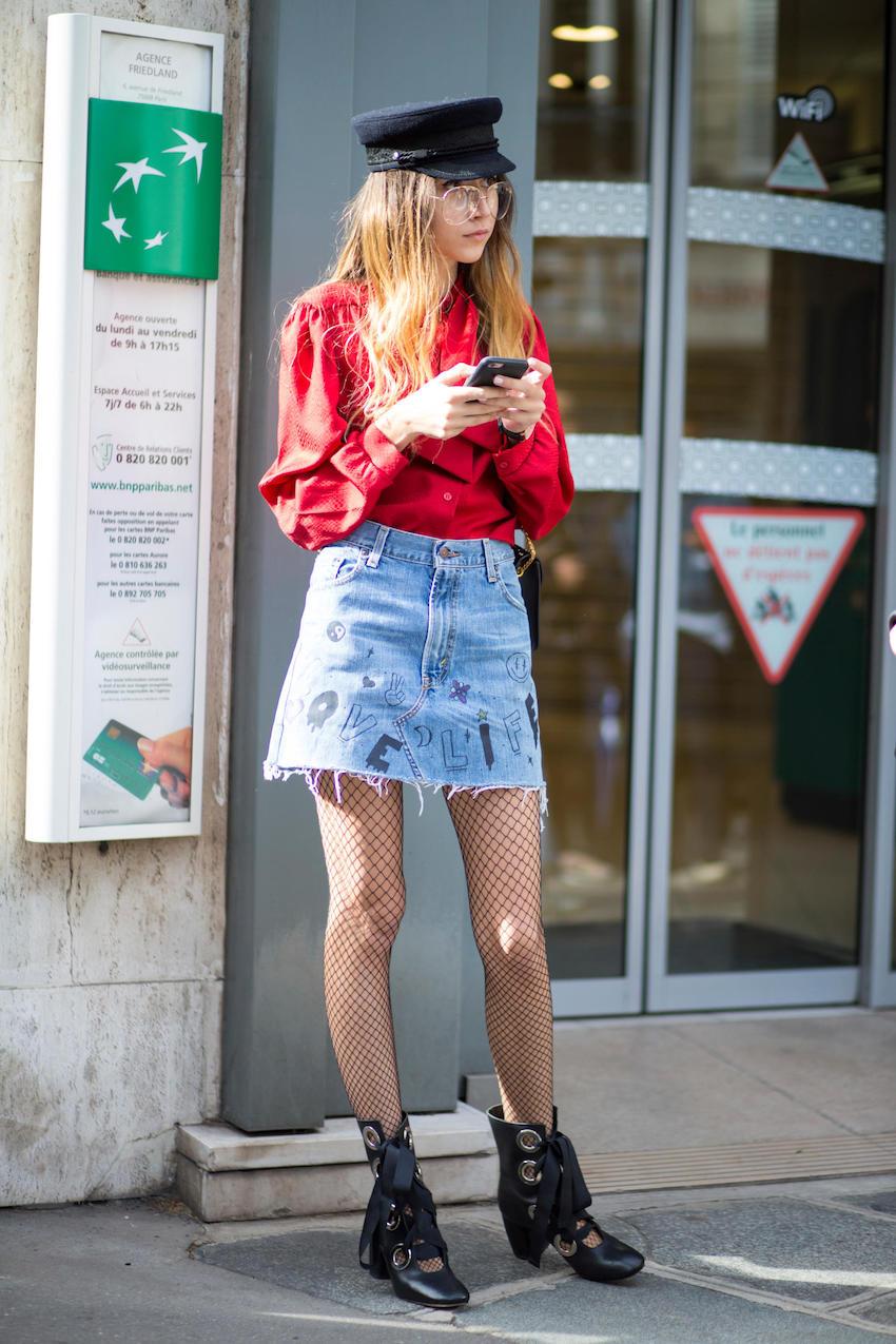 """Paris: <a href=""""http://fashionista.com/""""target=""""_blank"""">Fashionista</a>"""