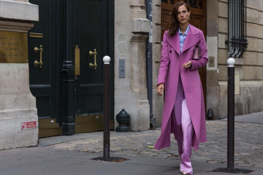 "International Street Style Fashion - Paris: <a href=""https://www.standard.co.uk/""target=""_blank"">Evening Standard</a>"