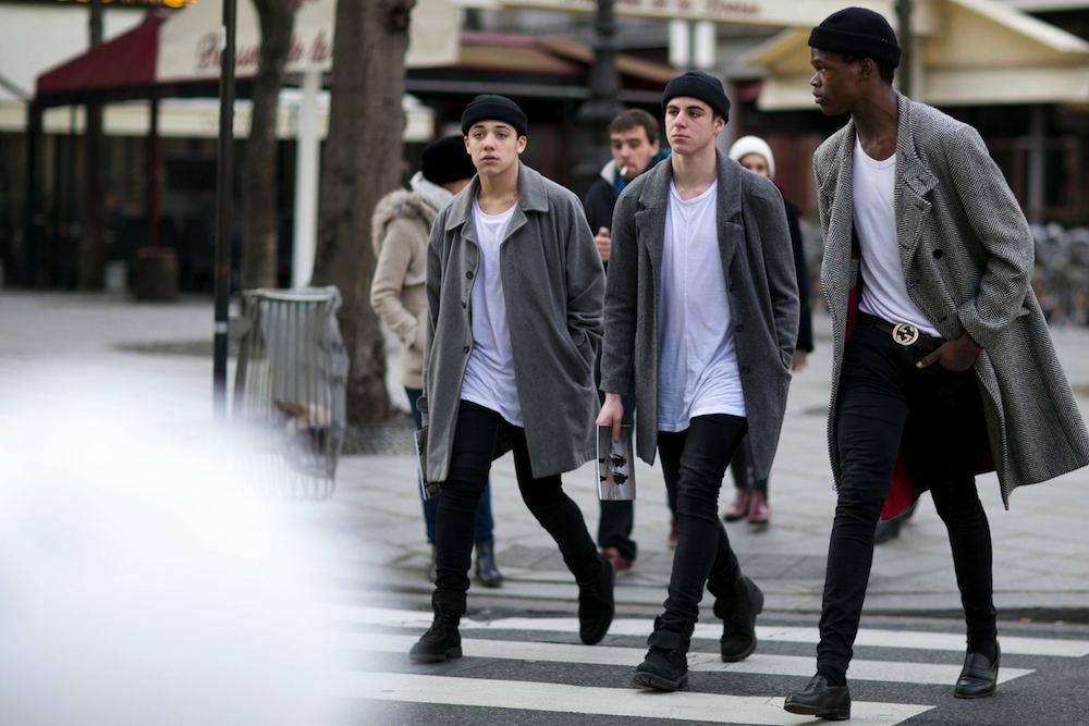 "Paris: <a href=""http://www.thefashionspot/"" target=""_blank""> The Fashion Spot</a>"