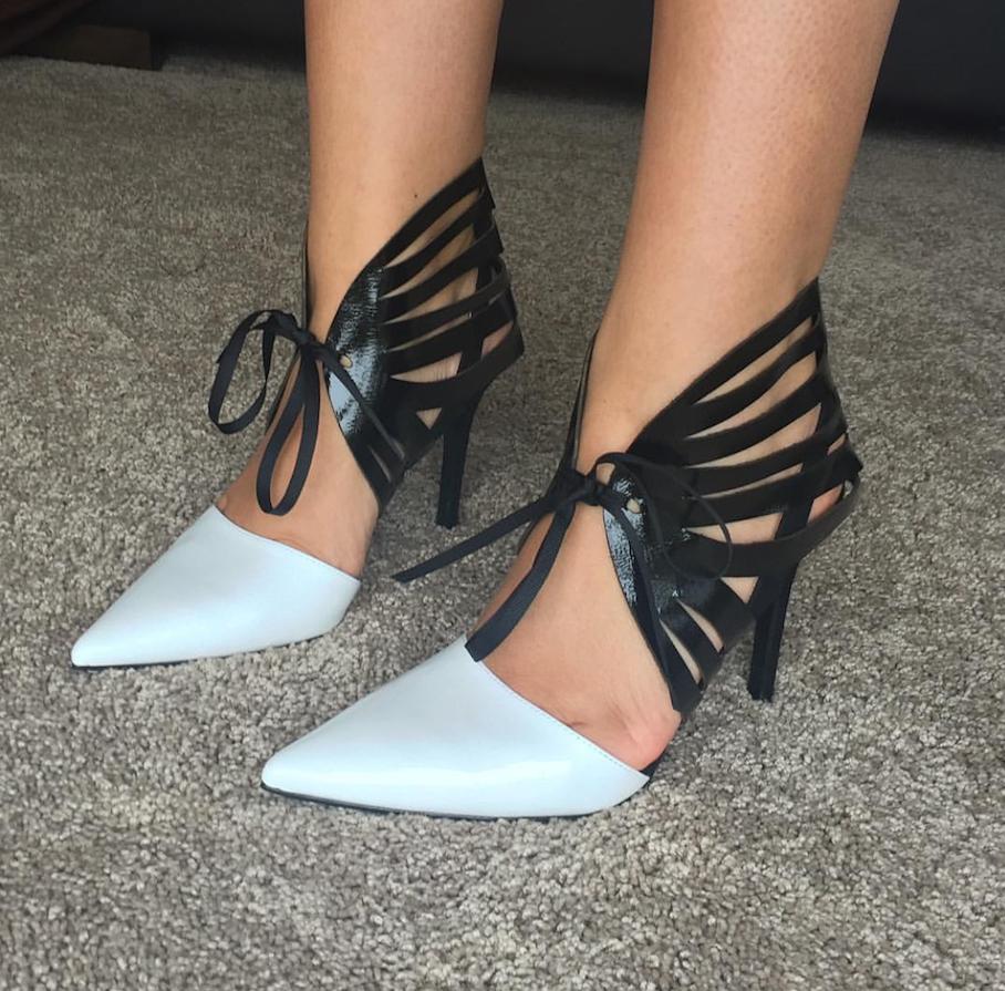 "<a href=""http://www.instagram.com/redkitty.shoe.accessories/"" target=""_blank"">@redkitty.shoe.accessories</a>"