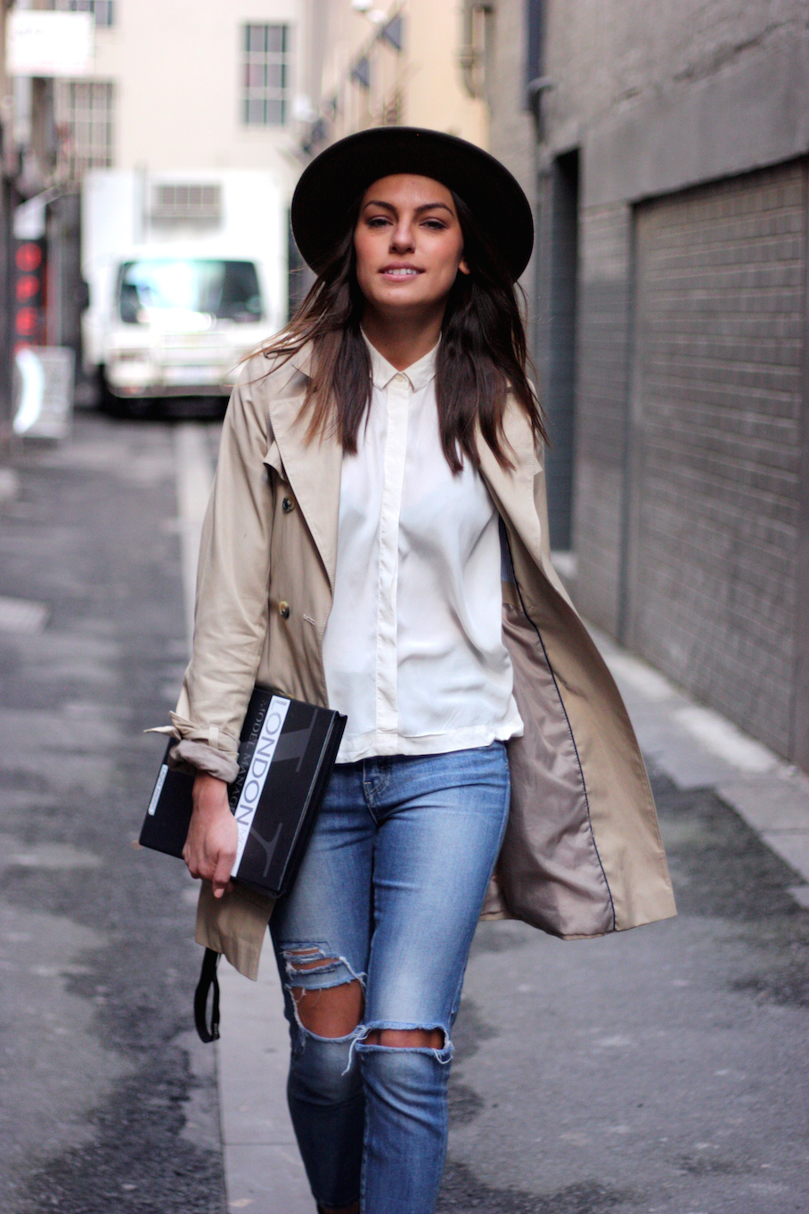 """Vic: Laura Andric, Carson Place, Melbourne. """"I wear classic looks and styles that don't date. Neutral Tones.""""   <a href=""""http://www.marythamphotography.weebly.com/"""" target=""""_blank""""> Photo: Mary Tham </a>"""