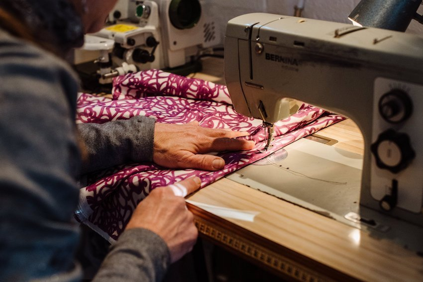 Upcycle your clothes with knowhow from the Hahndorf Seamstress