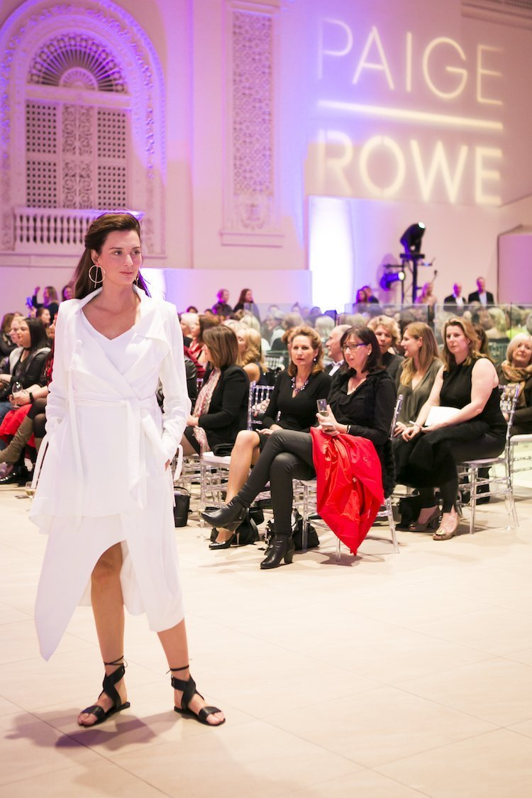 Paige Rowe with 500 fashionistas at 2017 launch