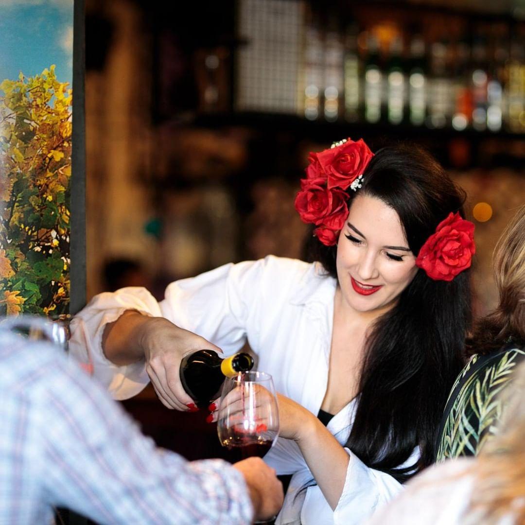 Wine pouring at Tasting Australia