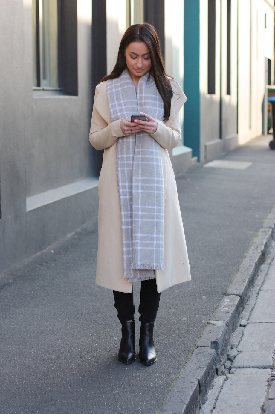 """Vic: Julia, Melbourne.  <a href="""" http://www.marythamphotography.weebly.com/"""" target=""""_blank""""> Photo: Mary Tham </a>"""