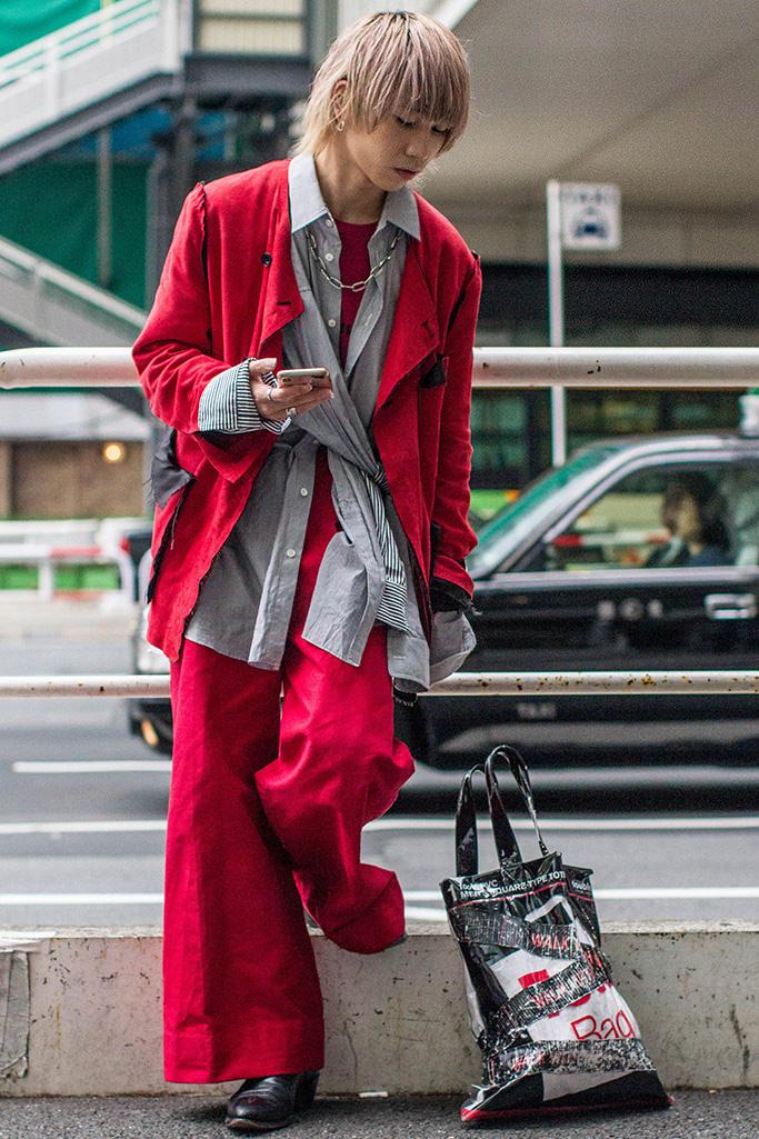 "Tokyo: <a href=""https://footwearnews.com/""target=""_blank"">FWN</a>"