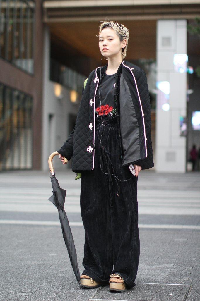 "Tokyo: <a href=""http://footwearnews.com/""target=""_blank"">Footwear News</a>"