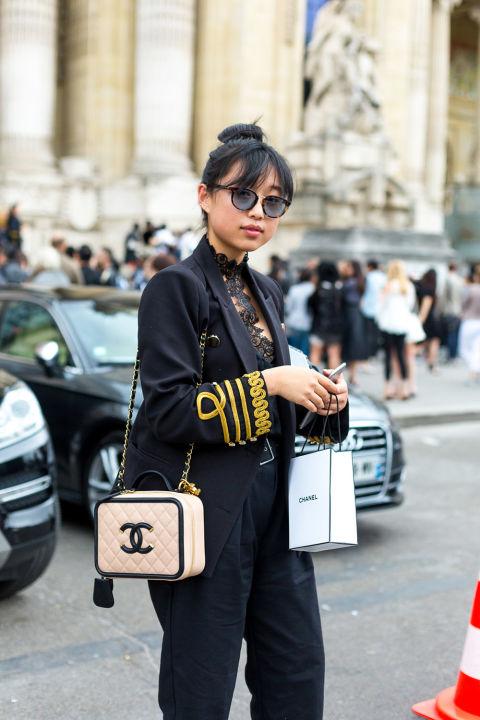 """Paris: via <a href=""""http://www.harpersbazaar.com//""""target=""""_blank"""">Harper's Bazaar</a>"""