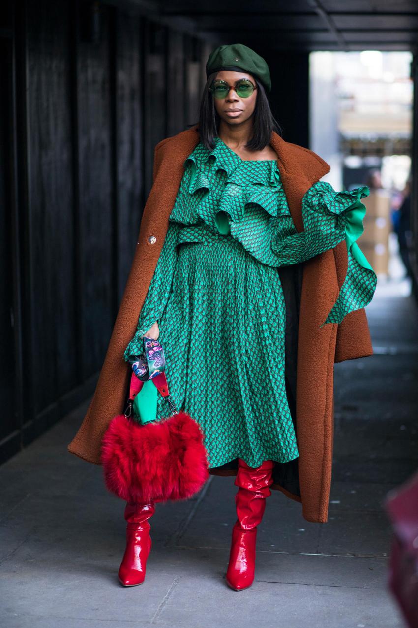 """London: <a href=""""http://www.fashionista.com """"target=""""_blank"""">Fashionista</a>"""