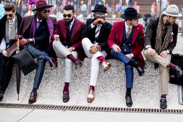"""Milan: <a href=""""http://www.fashionista.com//?hl=en/""""target=""""_blank"""">Fashionista</a>"""