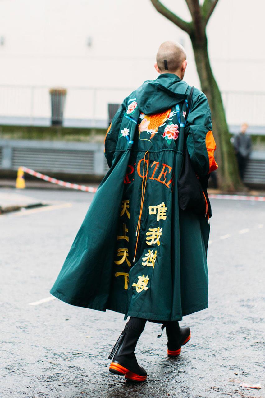 """London: <a href=""""http://www.fashionista.com/"""">Fashionista</a> Photo: by Imaxtree"""