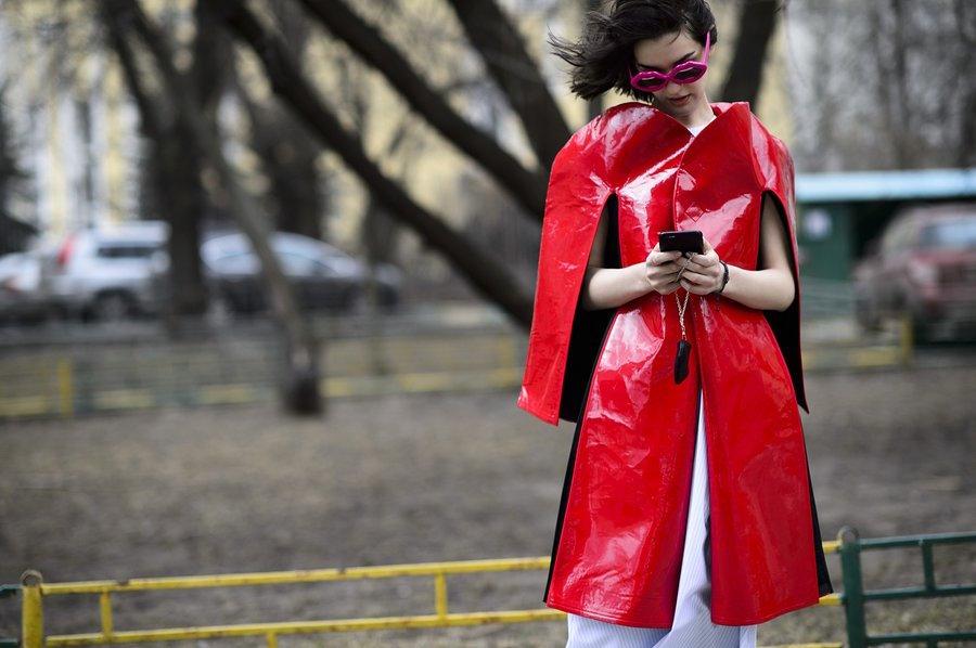 "Moscow: <a href=""http://vogue.com/""target=""_blank"">Vogue</a>"