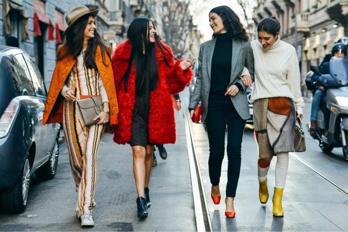 """Paris: <a href=""""http://www.fashiongumcom/"""" target=""""_blank""""> Fashion Gum</a>"""
